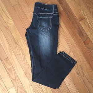 Skinny jeans size 5.